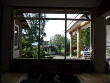 Veranda gemaakt met ronde Douglas palen rond 300 mm
