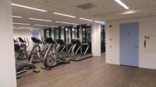 Complete verdieping getransformeerd in sportschool Almere